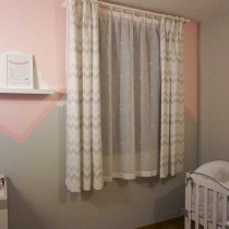 Cortinas habitación bebé geométricas y estrellas