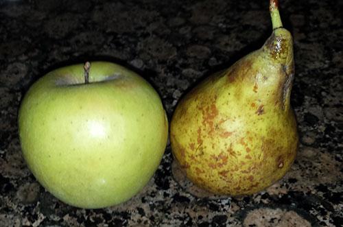 Primera papilla de fruta: pera y manzana