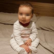 Bebé de 6 meses sentadita