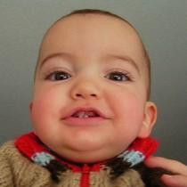 Dientes de leche bebé